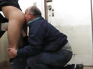 another craigslist guy licks my ass man (gay) gay porn (gay) amateur (gay)