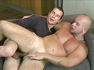 Grosse queue a bareback gay porn (gay) bareback (gay) hunk (gay)