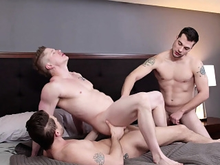 Twink stepbrother fucked in threesome anal sex bareback blowjob (gay) gays (gay) group sex (gay)