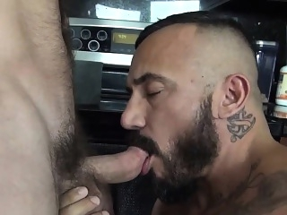Hairy rawdawged bears ass bareback (gay) bears (gay) blowjob (gay)