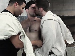 Men - Aspen and Griffin Barrows and Kaden Alexander asslick (gay) gays (gay) group sex (gay)