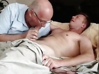 Eric and his 72 years old lover amateur (gay) blowjob (gay) daddy (gay)