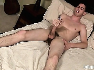 Sam Truitt shows off his huge cock in this sexy jerk-off gays (gay) masturbation (gay) men (gay)